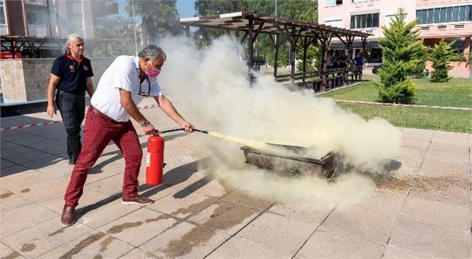 Yaş Almışlar Yangın Söndürme Konusunda Bilgilendirildi