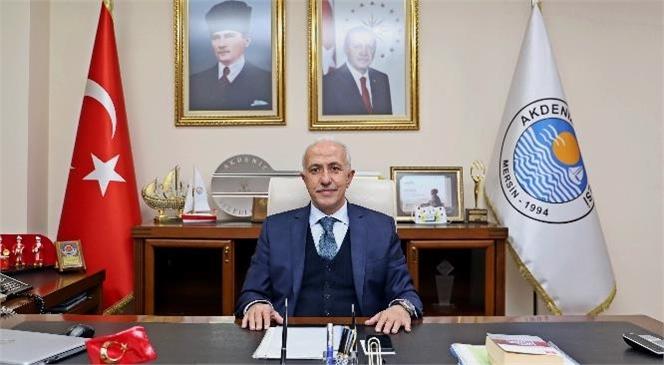 Akdeniz Belediye Başkanı M. Mustafa Gültak, Cumhuriyet'in Kuruluşu'nun 98'inci Yılı Nedeniyle Mesaj Yayımladı