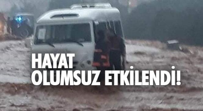 Mersin Silifke, Erdemli ve Çamlıyayla İlçelerinde Etkili Olan Sağanak Yağış Hayatı Olumsuz Etkiledi!