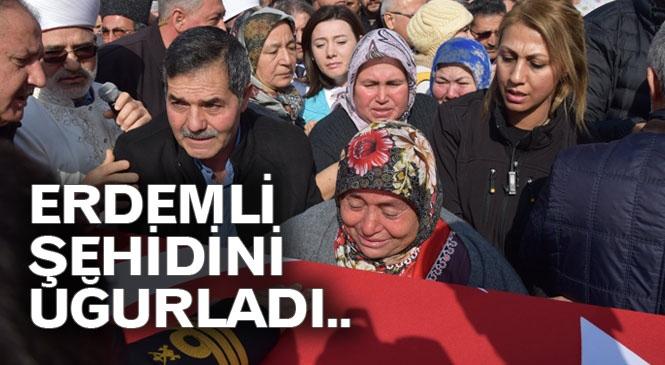 Erdemli Şehit Piyade Uzman Çavuş İbrahim Tüzel'i Dualarla Yolcu Etti
