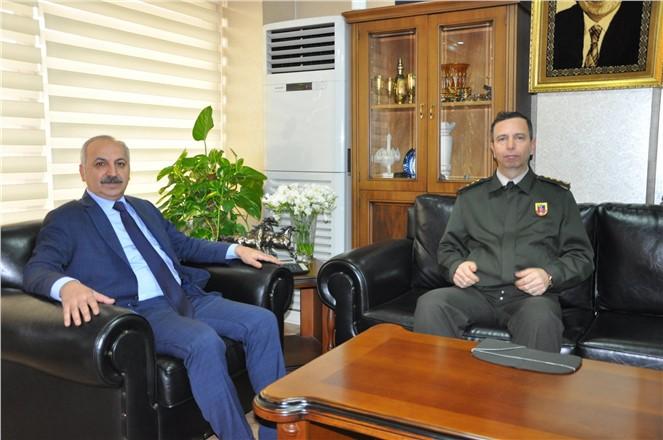 Mersin Jandarma Komutanı Cavlak'tan Başkan Dinçer'e Ziyaret