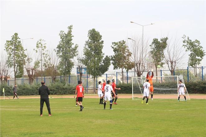 MESKİ Birimler Arası Futbol Turnuvasında Heyecan Sürüyor
