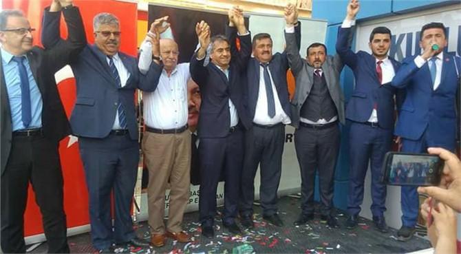 Ak Parti Aday Adayları Tanıtım Toplantısına Zeki Kaba Damgasını Vurdu