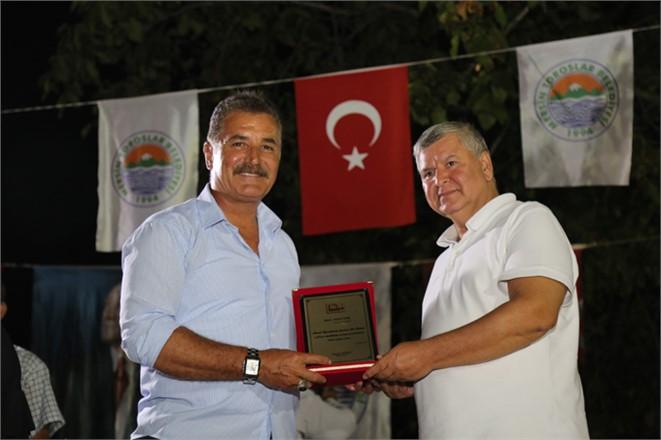 Mersin Yazarlar Derneği'nden Başkan Tuna'ya Plaket