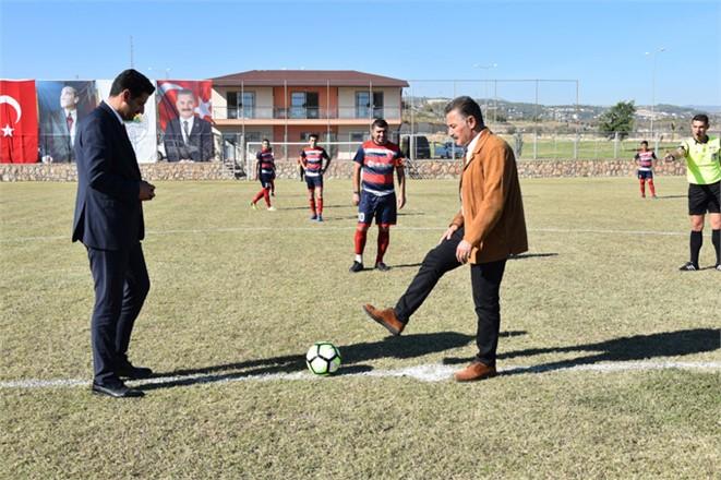 Mersin Toroslar'da Kurtuluş Kupası Futbol Turnuvası Başladı