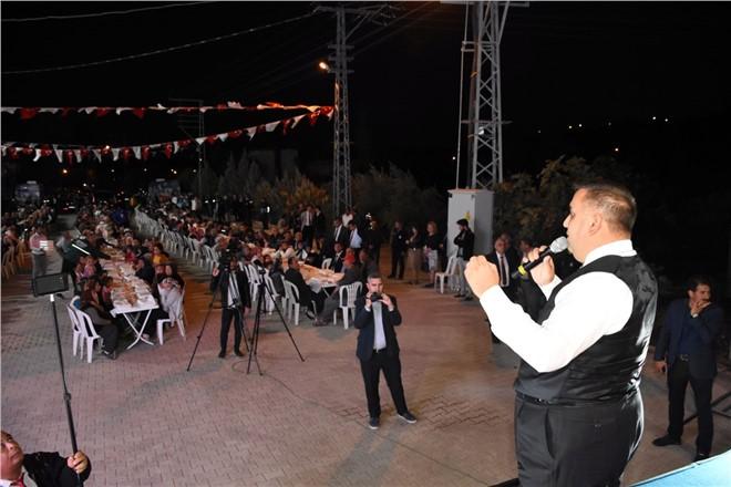 Tarsus Belediye Başkanı Şevket Can Taşobası Mahallesinde Alkışlarla Karşılandı