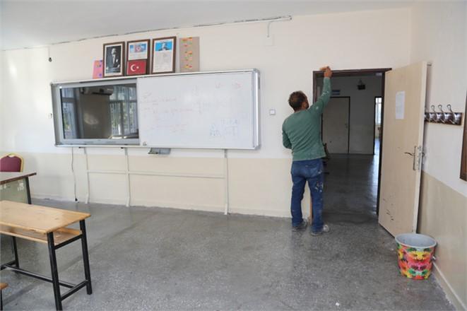 Mersin'de Okullar Yenileniyor, Erdemli Gülümsüyor. Erdemli Belediyesinden Eğitime Destek