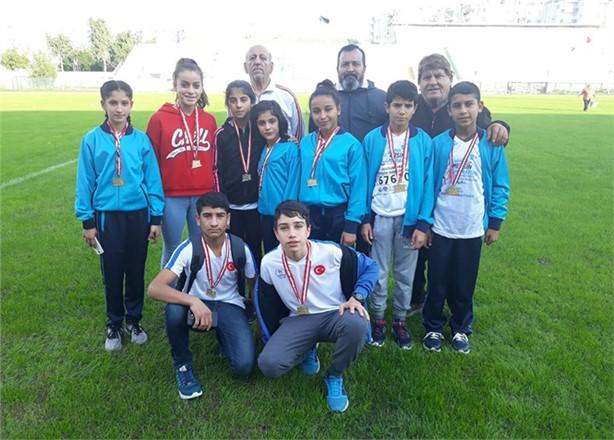 Tarsuslu Minik Atletler Maratonda Derece Yaptı