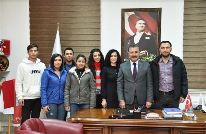 Üniversite Öğrencilerinden Başkan Tuna'ya Teşekkür