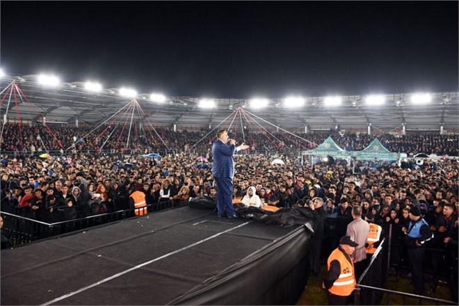 Atatürk Gösteri Merkezi Adına Yakışır Şekilde Açıldı. 20 Bini Aşkın Tarsuslu Muhteşem Gösteri Merkezinin Açılışna Katıldı