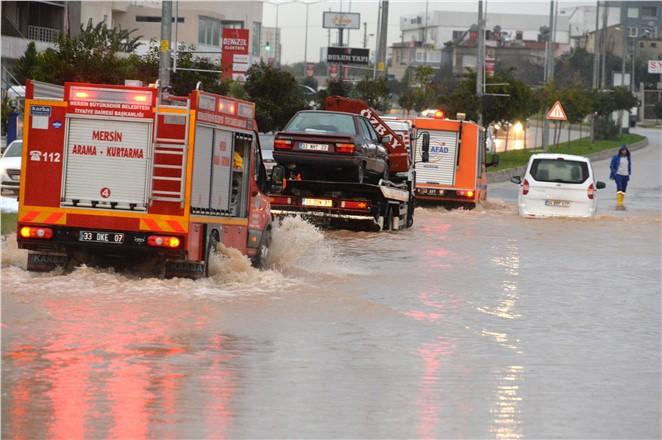 Mersin'de Yaşanan Felaket Minimum Hasarla Atlatıldı