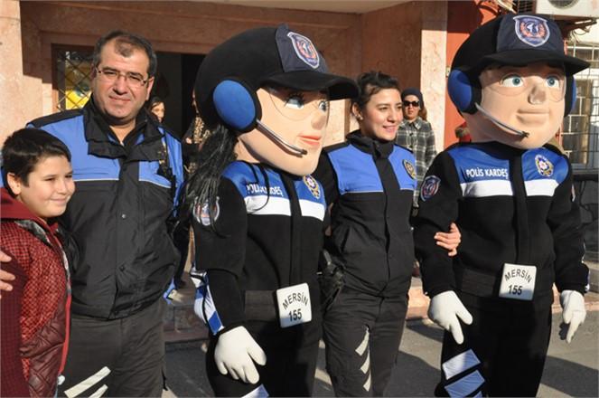 """Mersin'de """"Kanka Polis"""" Öğrencilerle"""