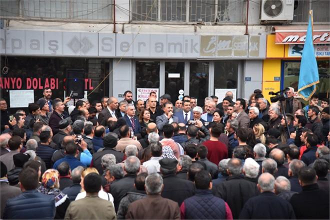 Tarsus ve Silifke'de Cumhur İttifakı Mersin Büyükşehir Adayı Hamit Tuna'ya Coşkulu Karşılama