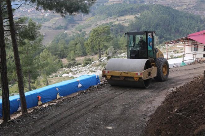 Erdemli Karayakup Mahallesi Yollarına Malzemeli Bakım Çalışması Yapıldı