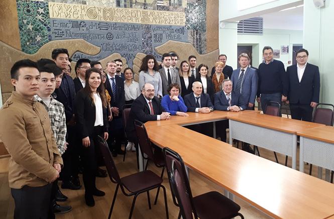 25 Öğrenci Daha Rusya'da Lisansüstü Eğitimi Alacak