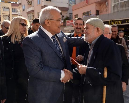 İYİ Parti Mersin Büyükşehir Başkan Adayı Burhanettin Kocamaz, Mahalle Mahalle Geziyor