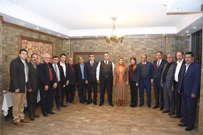 Başkan Can, Tarsus Belediye Meclisi MHP'li Üyeleri İle Biraraya Geldi