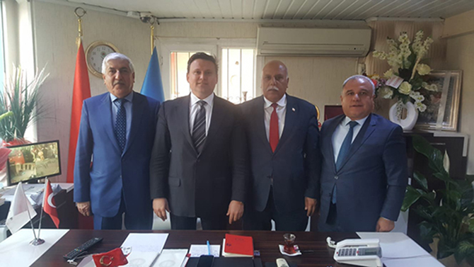 Mahmut Şahin, Kaplan Kiltaş ve Cumali Taş, Nevzat Çetin'i Ziyaret Etti