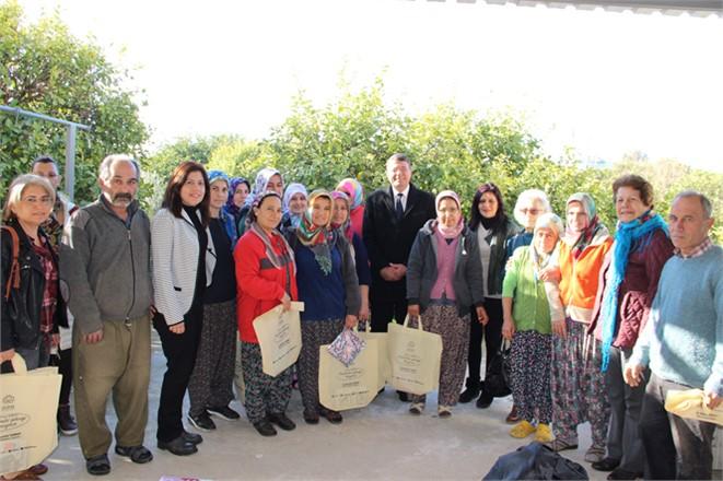 CHP'li Silifke Belediye Başkanı Turgut'tan Tarım Emekçilerine Ziyaret