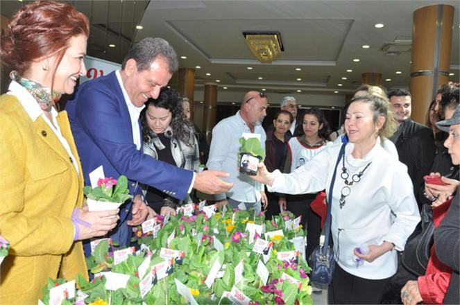 Büyükşehir Adayı Vahap Seçer, 'Önceliğimiz Kadınlar Olacak'