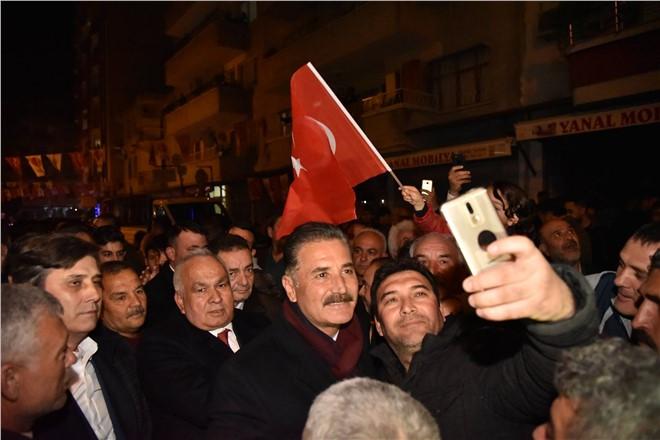 Başkan Tuna, Erdemli'de Gövde Gösterisi Yaptı