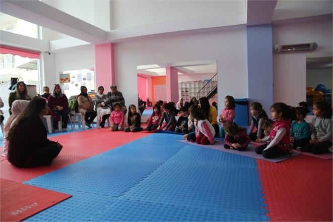 Çocuk Danışma Merkezi, Erdemli Belediye Spor Kompleksinde Eğitim Gören Minik Jimnastikçilerle Bir Araya Geldi