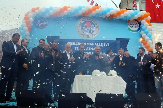 Mersin Akdeniz'de Görkemli Toplu Açılış Töreni