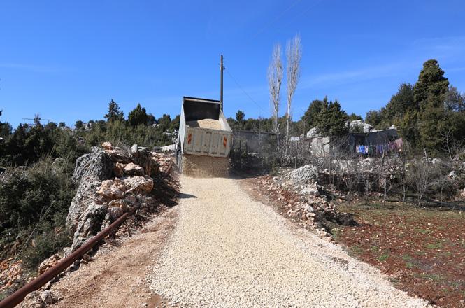 Küstülü Yolları Belediyeye Emanet, Erdemli Belediyesi, Küstülü Yollarını Yeniliyor