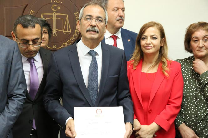 """Tarsus Belediye Başkanı Başkan Dr. Bozdoğan: """"Bu Mazbata Milletimindir"""""""