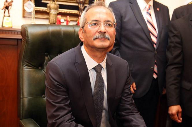 Tarsus Belediye Başkanı Dr. Haluk Bozdoğan, Berat Kandili'ni Kutladı