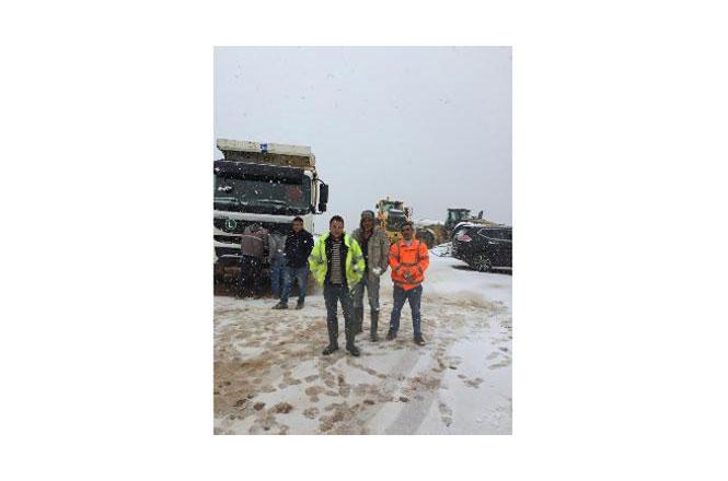 Mersin'in Erdemli İlçesinin Yüksek Kesimlerinde Kar Yağışı Etkili Oldu