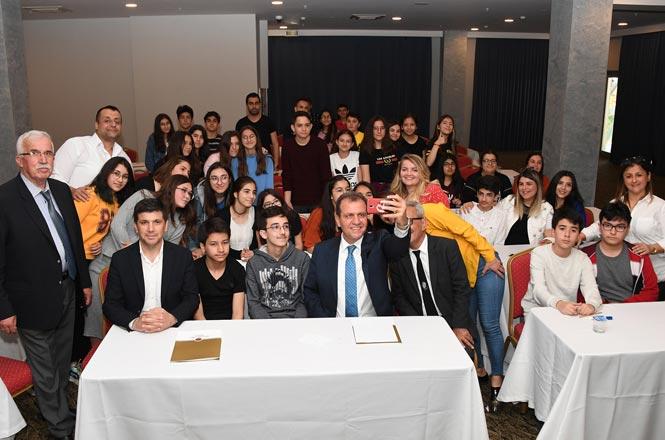 """Başkan Seçer'den LGS'ye Hazırlanan Gençlere Sürpriz, Başkan Seçer Öneri Olarak Öğrencilere """"Stres Yapmayın"""" Dedi"""