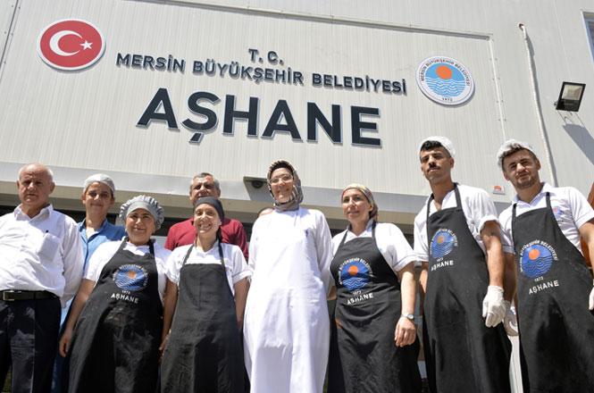Mersin'de 'Mütevazı Ramazan', Kurulacak İftar Sofraları Bu Yıl 212 Bin Mersinliye Ulaşacak
