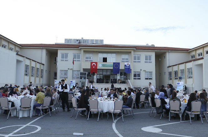 Mersin'de Avrupa Günü Çocuklarla Kutlandı