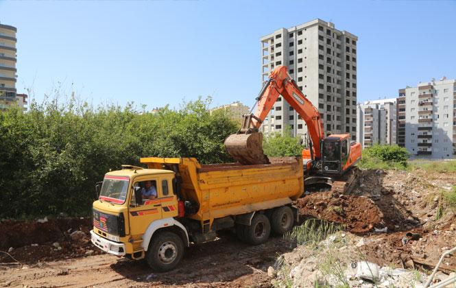 Erdemli Belediyesinden Yeni Yol Açımı