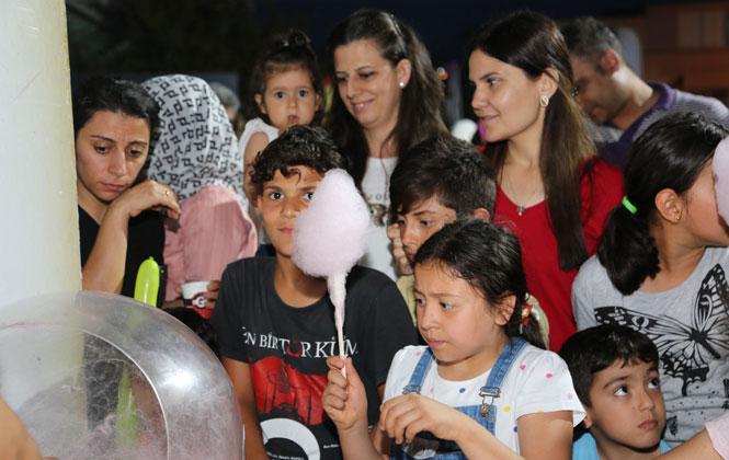 Mersin Toroslar'da Çocukları Sevindiren Ramazan Panayırı