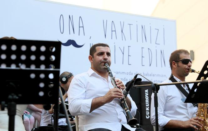 Mersin'de Babalar Günü Nedeniyle Kent Orkestrası Sayesinde Coşkulu Anlar Yaşandı