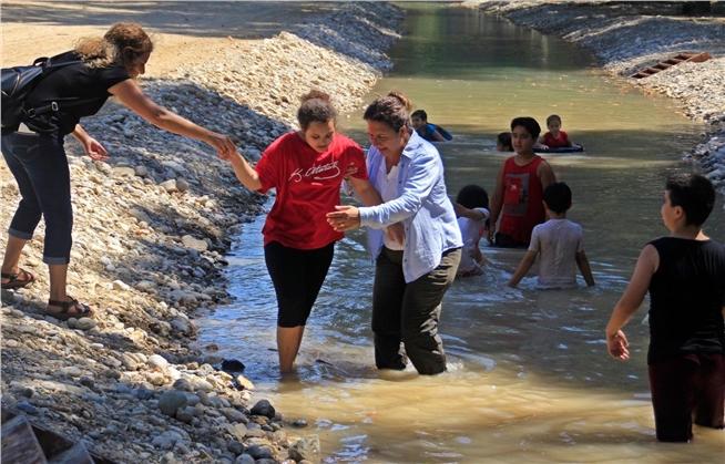 Mersin'de 400 Çocuk Toprak ve Suyla Buluştu