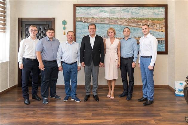 Seçer'den Tataristanlı Yatırımcılara Mersin'e Davet