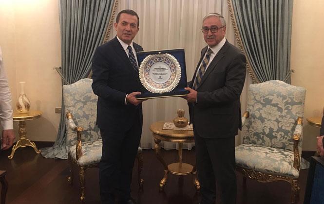 Kıbrıs'a Giden Yenişehir Belediye Başkanı Özyiğit, Mersinlilerin Selamını Kıbrıs'a Ulaştırdı