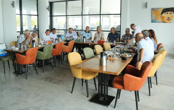 Mersin'in Zabıtaları Mezitli Belediyesi'nde Buluştu