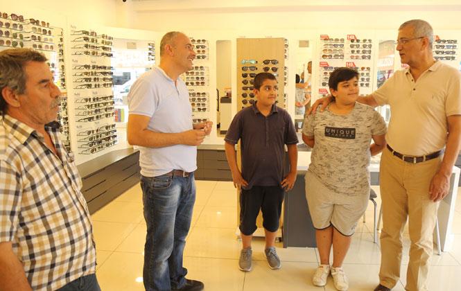 Mezitli Belediye Başkanı Tarhan, Esnaf ve Vatandaşlarla Buluştu