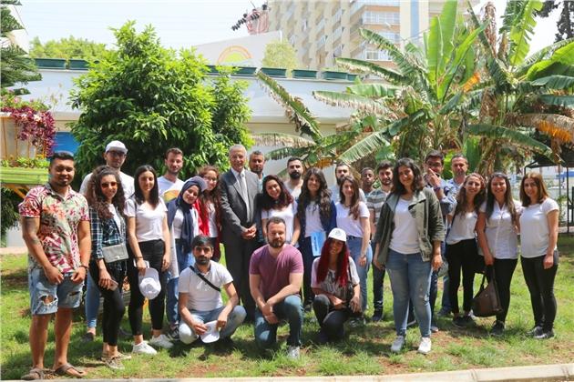 Üreten Üniversite Öğrencilerine Başkan Tarhan'dan Büyük Destek
