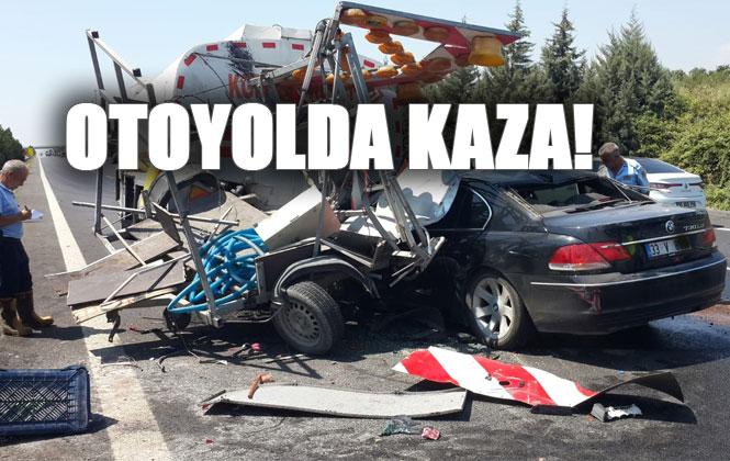 Tarsus Mersin Otoyolunda Feci Kaza! Kazada, Lüks Otomobil Sulama Tankerine Arkadan Çarptı