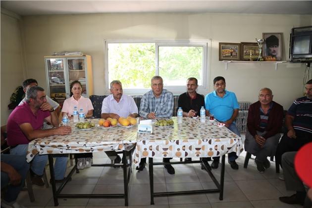 Mezitli Belediye Başkanı Neşet Tarhan'dan Üreticilere Kooperatifleşme Tavsiyesi