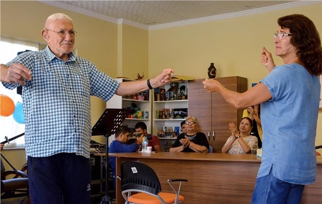 Mersin'de Alzheimer Hastaları İçin Konser Verildi