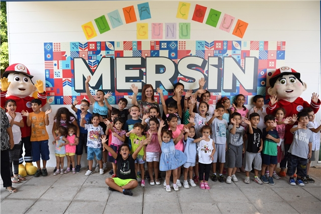 Büyükşehir'den Dünya Çocuk Günü'nde Renkli Festival