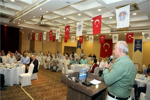 Akdeniz Belediye Başkanı Gültak, Din Görevlileri İle Bir Araya Geldi
