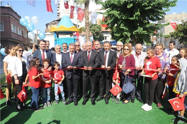 Akdeniz Belediyesi, Camişerif Mahallesi'ne Yeni Bir Park Kazandırdı