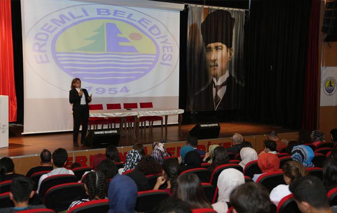 Erdemli Belediyesinden Meslek ve Kariyer Eğitimi